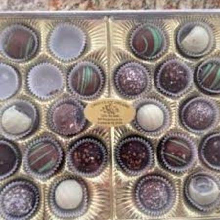 Carlstadt, NJ: Chocolate Dreams candies