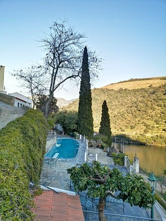 Superb setting, top class facilities, fine food  & wine