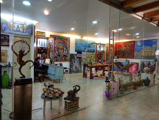 Piaf Gallery