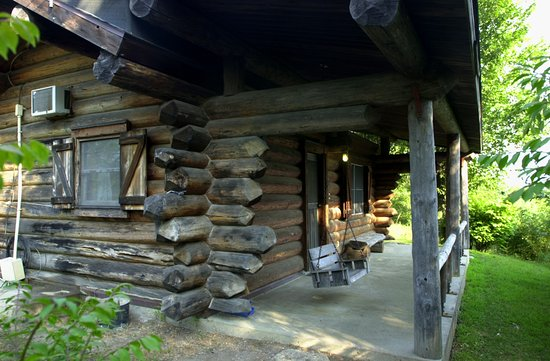 Hanna City, IL: Single room log cabin in Central Illinois with a beautiful view.