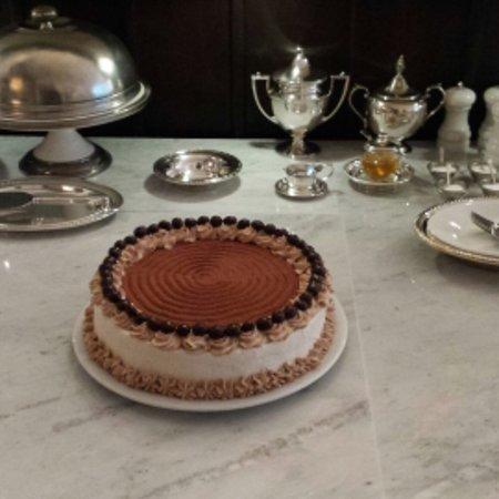 Hernandez, นิวเม็กซิโก: Chocolate Mocha Layer Cake