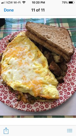 """Keystone Heights, FL: The """"Big Clyde"""" Omelet! Oversized and delicious!"""