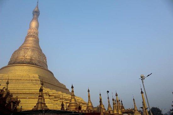 Twantay Shwe San Taw Pagoda