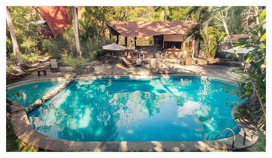Calala Beach Lodge