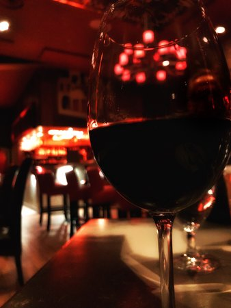 Thornton's Wine & Tapas Room照片