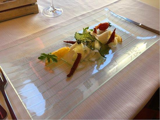 baccalà marinato con pomodorini secchi