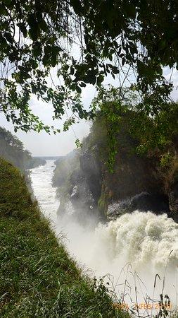 Sambiya River Lodge: Murchison Falls. A short drive away & stunning!