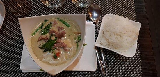 boeuf au curry vert et bambou, avec riz parfumé