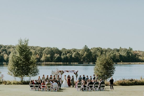 Luther, MI: Have your own private wedding right on our lake!