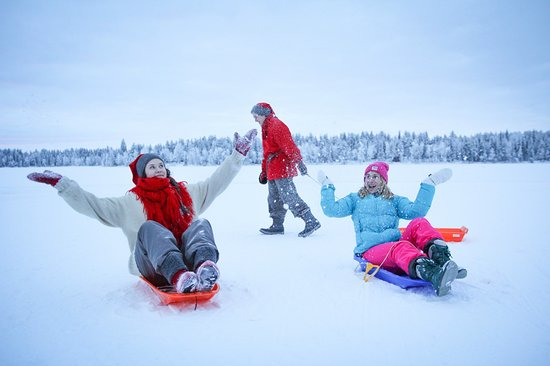 Kuusamo, Finsko: Sledging with the elves