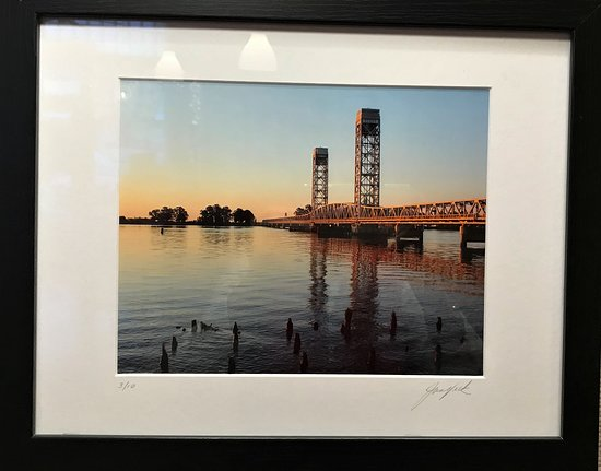 Jan Vick Photographer Photo of Rio Vista Bridge