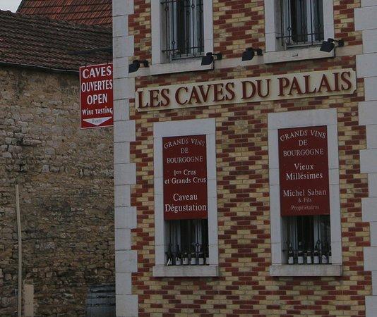 Les Caves du Palais