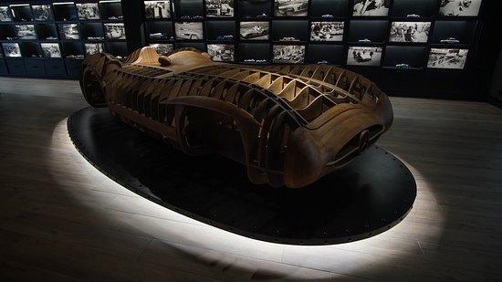 Museo Mercedes-Benz Barakaldo Aguinaga