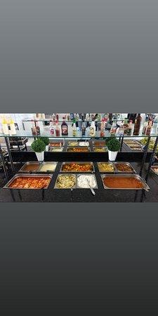 Igapora, BA : Restaurante Pit Stop. Buffet Recheado de Comida Saudável e Caseira. Ambiente agradável e confortável. Preço excelente! Atendimento de primeira.