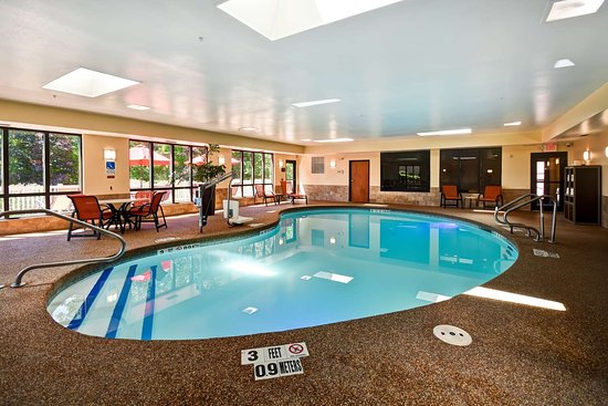 Chicopee, MA: Pool