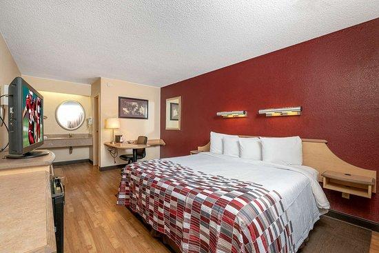 Red Roof Inn Cleveland Mentor Willoughby 48 ̶9̶1̶