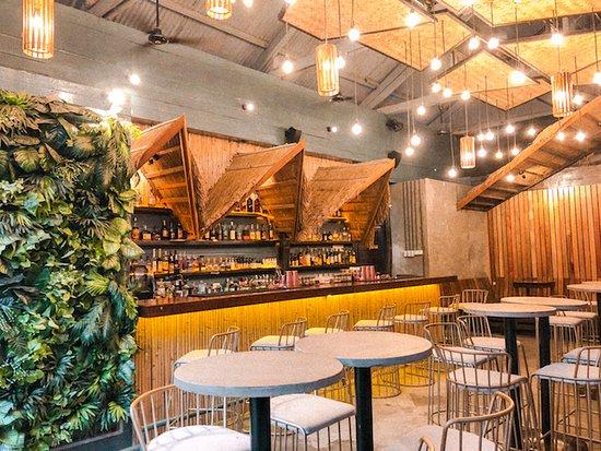 Coco Bar & Restaurant