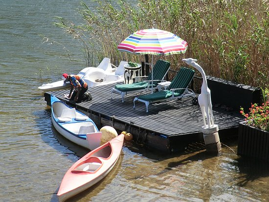 Moontide Guest House: boats too use as you like
