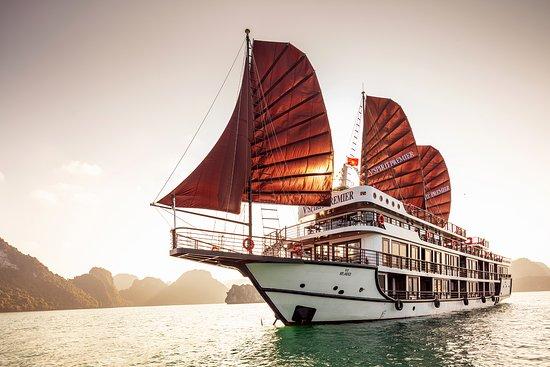 V'Spirit Premier Cruises