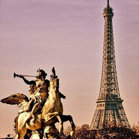Tour Eiffel/Invalides: Émerveillement depuis le jardin des Tuileries. Paris is Magic.❤I love Paris❤