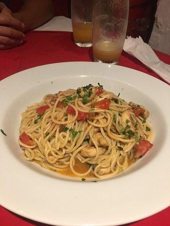 Vittorio Trattoria: Espaguete com robalo