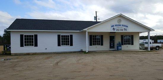 Kenansville, NC: The Filling Station