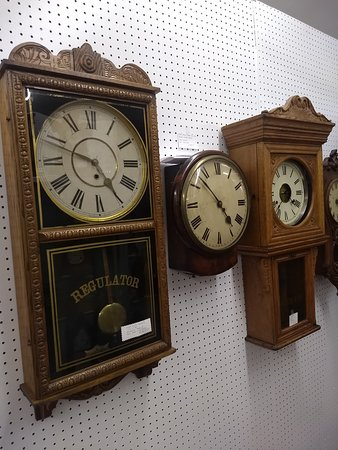 ‪The Fredericksburg Antique Mall & Clock Shop‬