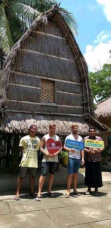 Sade, Indonesia: Sasak village