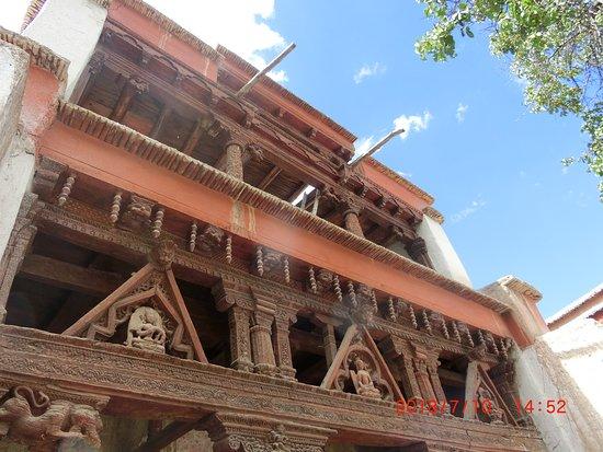 Himalaya Walking Tours and Travels