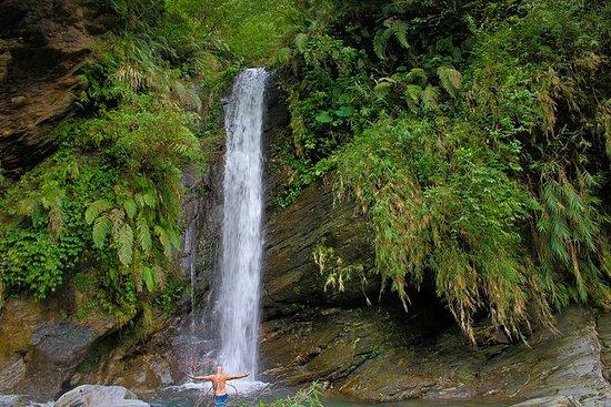 Cascate del Mugua e tour di nuoto in