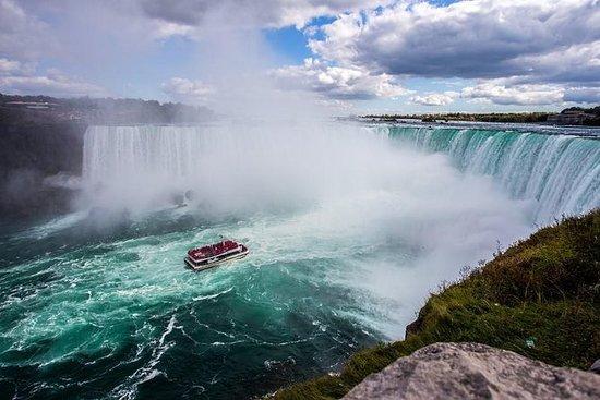 Niagara Fall Canada Wonder Tour
