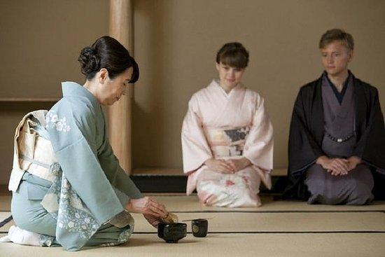 PRIVAT kimono te seremoni i Osaka