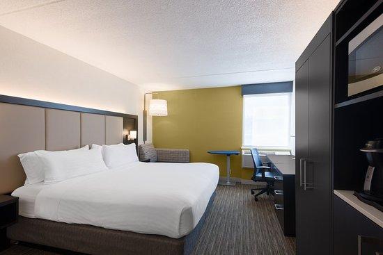 Ramsey, NJ: Guest room