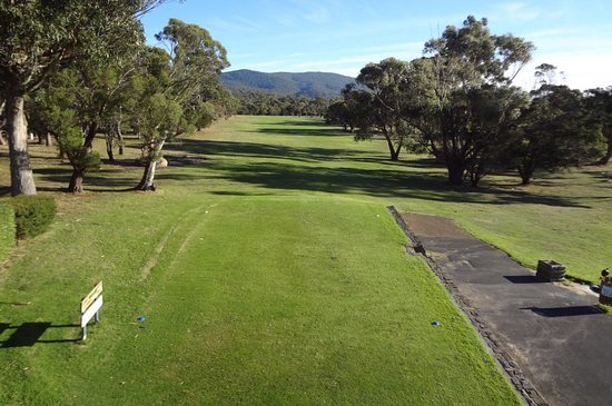 Bicheno, Australia: 1st tee looking towards the green.