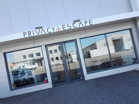 Privacy Escape