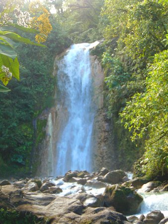 Bajos del Toro, Costa Rica: The first of the falls at The Gemelas (The twins)