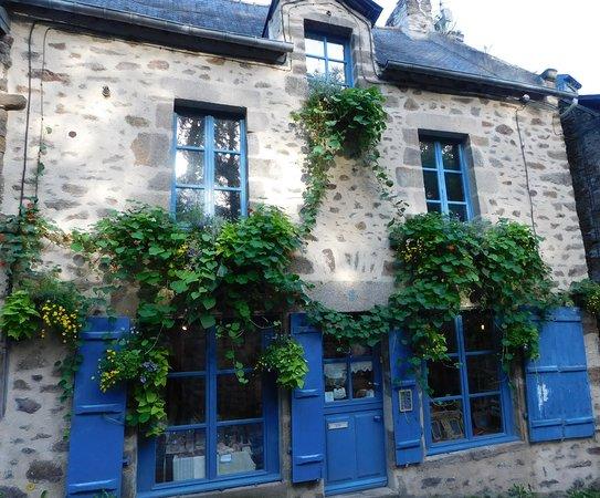 Maison Bleu Lin