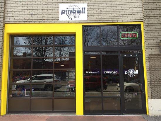 Classic Arcade Pinball Museum