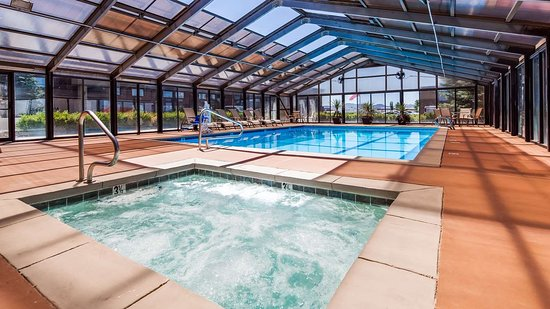 Beaver, UT: Sparkling clean pool and spa