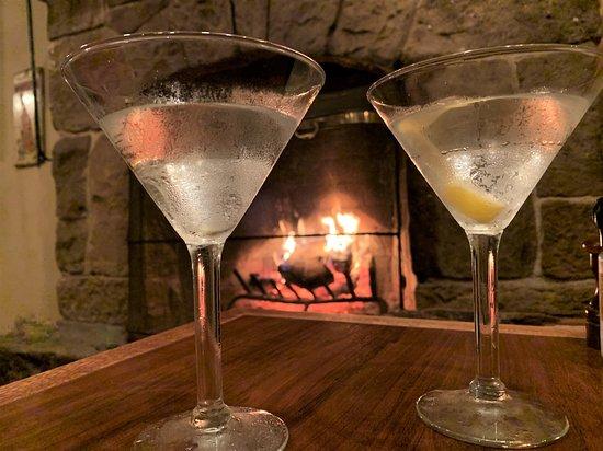 Slatyfork, WV: Martinis by the fireplace.