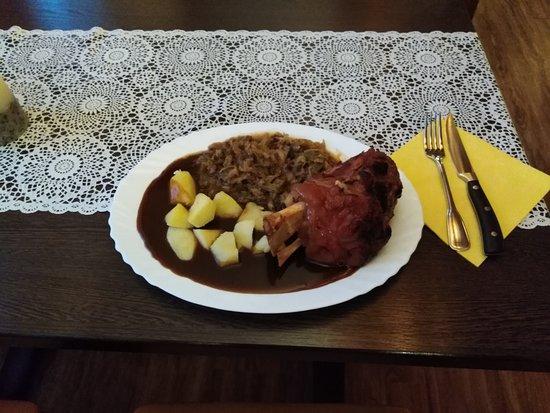 Muhlenbeck, Duitsland: Schweine Grill Haxe