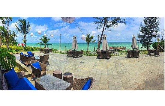 Santika Premiere Beach Resort Belitung: Foto dari Resto dengan view Pantai