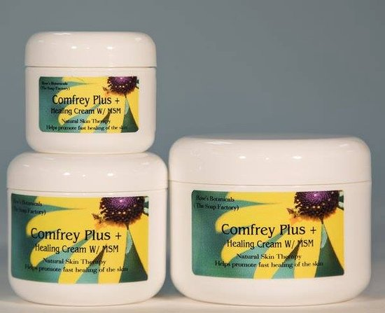 ‪‪Apalachicola‬, فلوريدا: Rose's own Comfrey Healing CREAM. No home should be without this healing cream, sunburn soother, boo boo healer, and so much more.‬