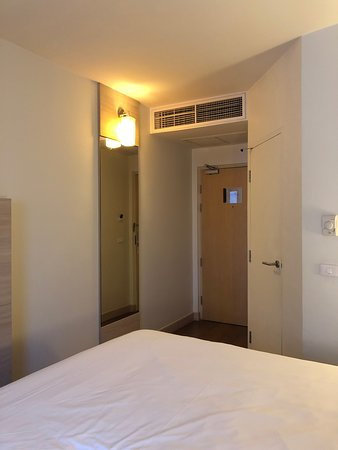Great location - few minutes from BTS Skytrain