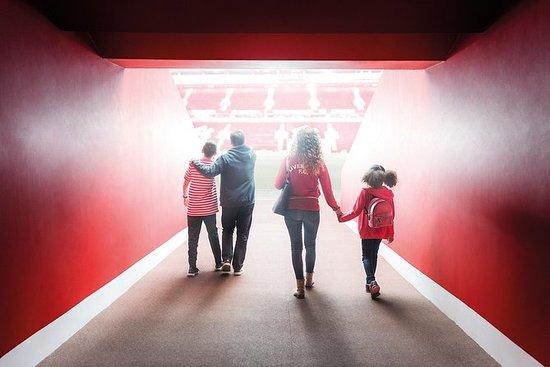 Tour door het LFC-stadion