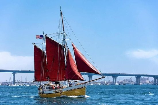 Private Day Time Sailing Tour