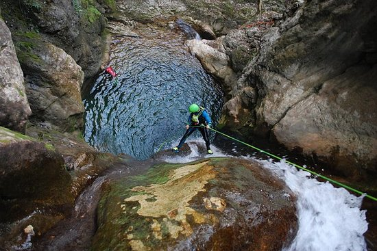 Canyoning discovery of Versoud en...
