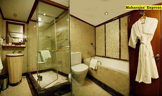 India: Maharajas Express Luxury Train - Luxury train washroom  https://bit.ly/2R9r1Qm