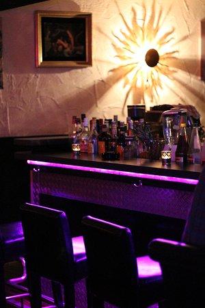 M&M Bar und Lounge