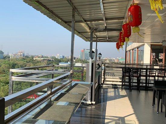 Sky View Bar & Restaurant照片